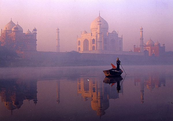 On the banks of the Yamuna - Agra, India