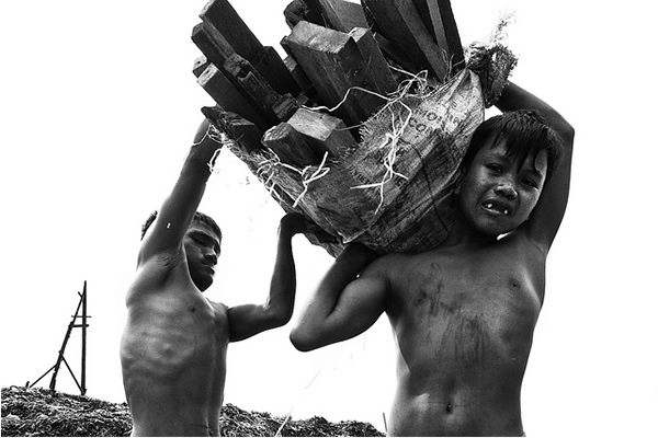 Ulingan, Tondo - The life of Rickson, a Charcoal boy