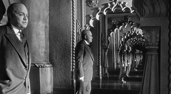Citizen Kane (1941) -  - 25 Movies Every Photographer / Cinematographer Must See