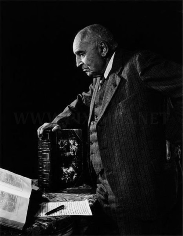 Paul Claudel - Portraits by Yousuf Karsh