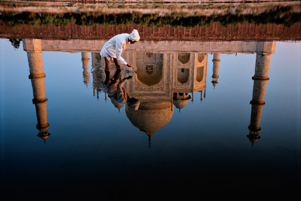 Taj-Mahal Reflection by Steve McCurry