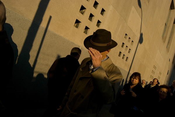 Dimitri Mellos - The Best Street Photographers