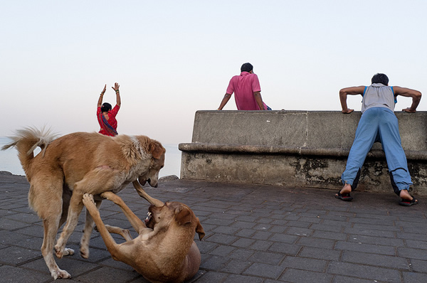Marine Drive, Mumbai - 2012 - Indian Color Street Photography