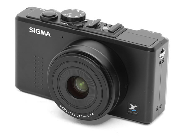 Sigma DP2 14MP FOVEON CMOS Sensor Digital Camera