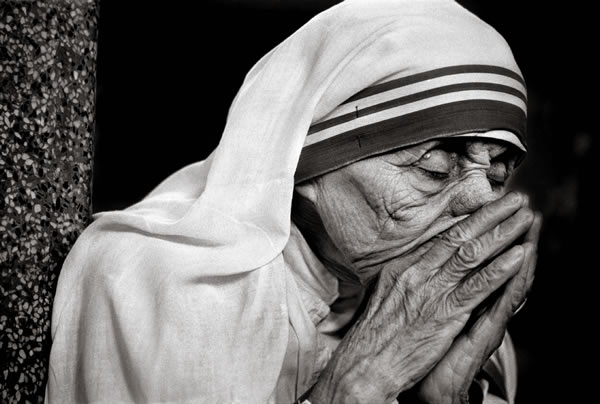 Mother Teresa by Raghu Rai