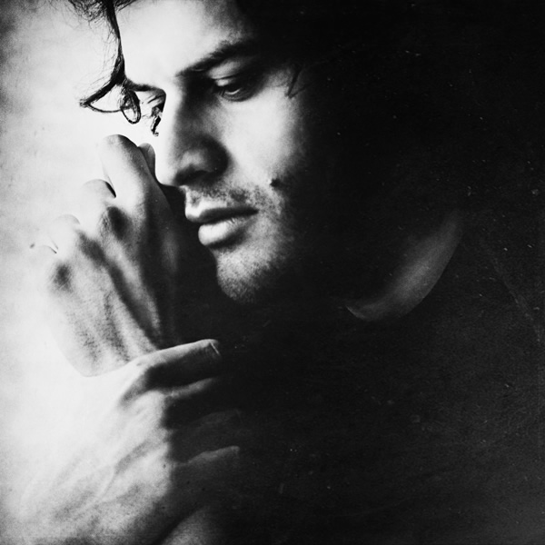 A Silent Voice through Art & Photography – Interview with Zewar Fadhil