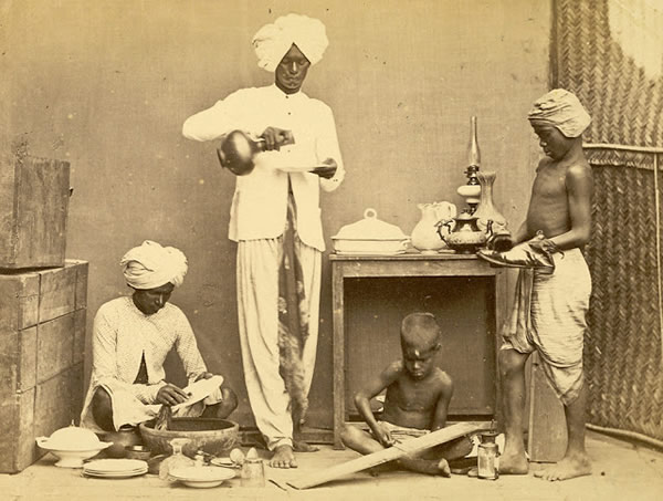 Group of Domestic Servants - Madras (Chennai) - 1870