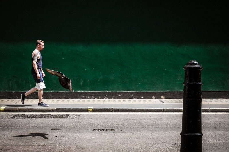 Inspiring Street Photography by Belgian Photographer Ronald Grauer