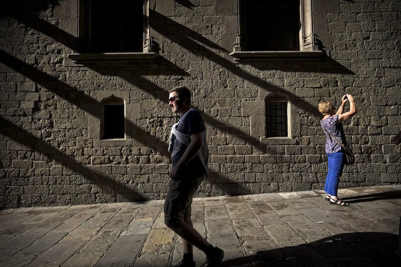 Stunning Street Photography by Ignasi Raventós from Barcelona