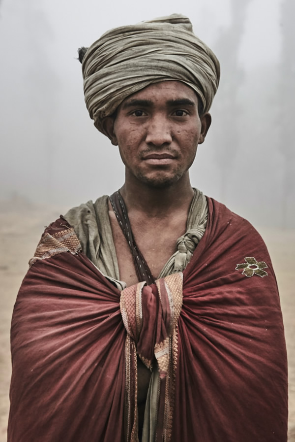 The Last Nomadic Hunters And Gatherers Of The Himalayas - Photo Series By Jan Moller Hansen