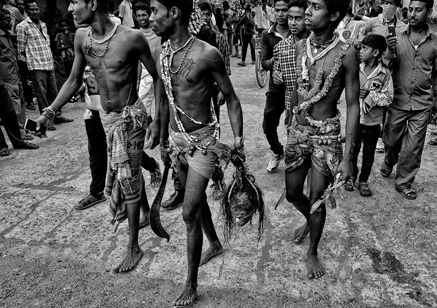 The Faith of Life - Photo Series About Gajan Festival in West Bengal By Avishek Das