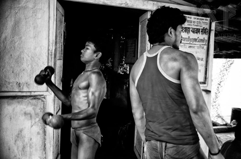 Kushti: The Indian Traditional Wrestling - Photo Sereies By Indranil Aditya