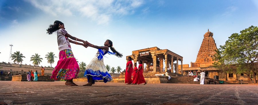 Ashok Saravanan Ay - People and Travel Photographer From India