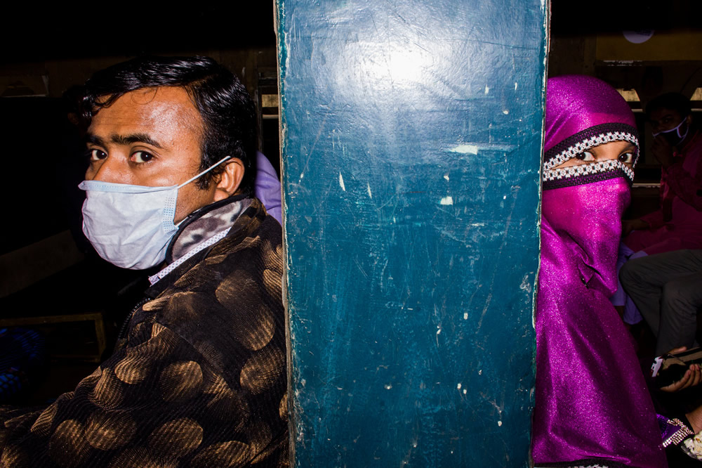 Md.Enamul Kabir - This Bangladeshi Photographer Takes You Deep Into Street Photography