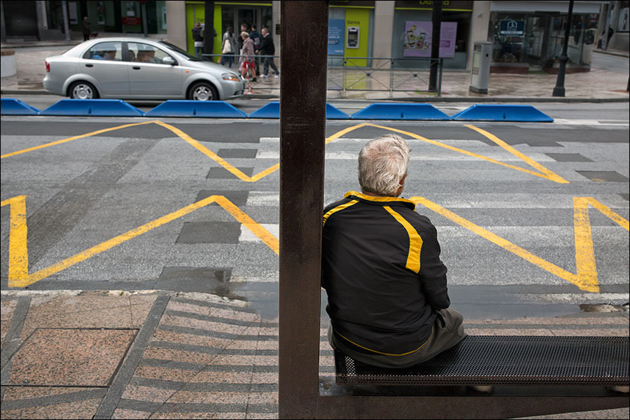 Yellows - Street Photography and the art of composition photos