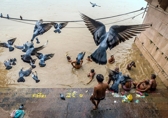 Astounding Banaras: City Of Ghats – Photo Series By Mohit Tejpal
