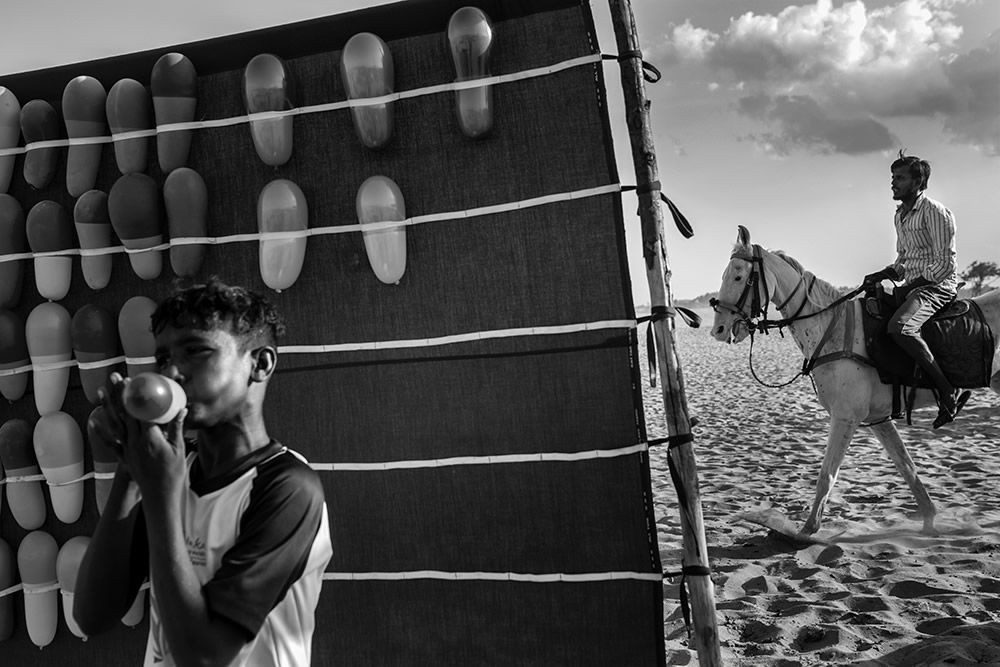 Beyond Vision - Street Photography Series By Mouhamed Moustapha
