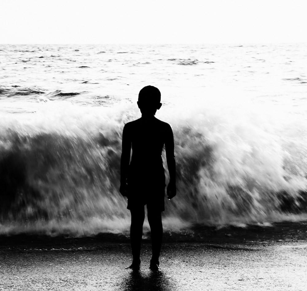 People Of The Calicut Beach - Photo Series By Indian Photographer Sreejith EK