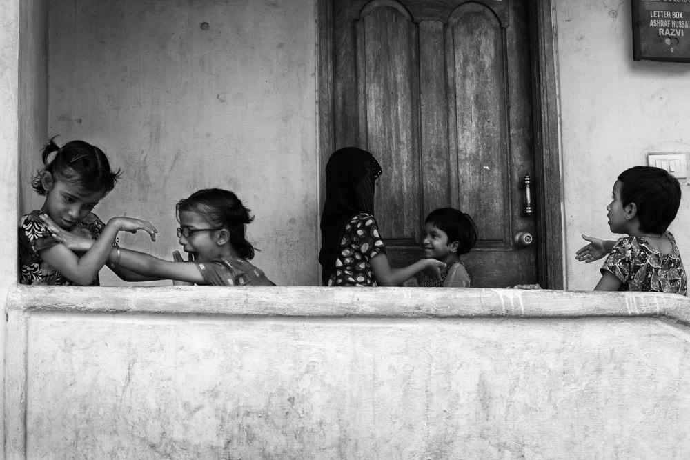 Through My Subcontinent - Street Photography Series By Indian Photographer Rahul Rishi