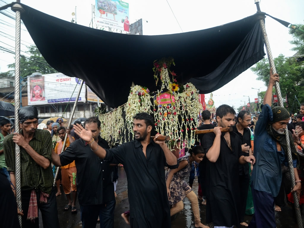 The Muharram Red - Photo Series By Indian Photographer Debarshi Mukherjee