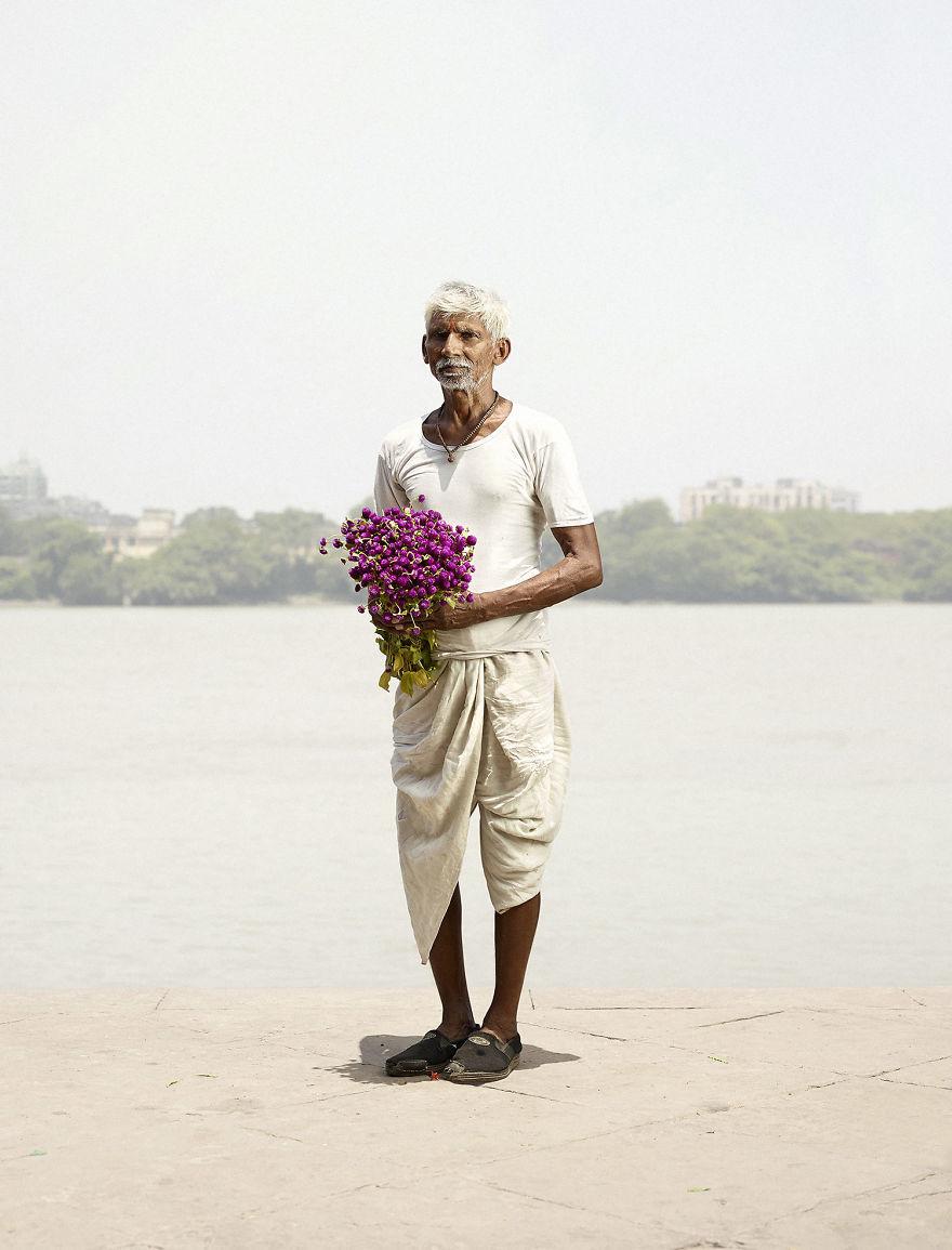 Flower Men In Kolkata - Photo Series By Denmark Photographer Ken Hermann