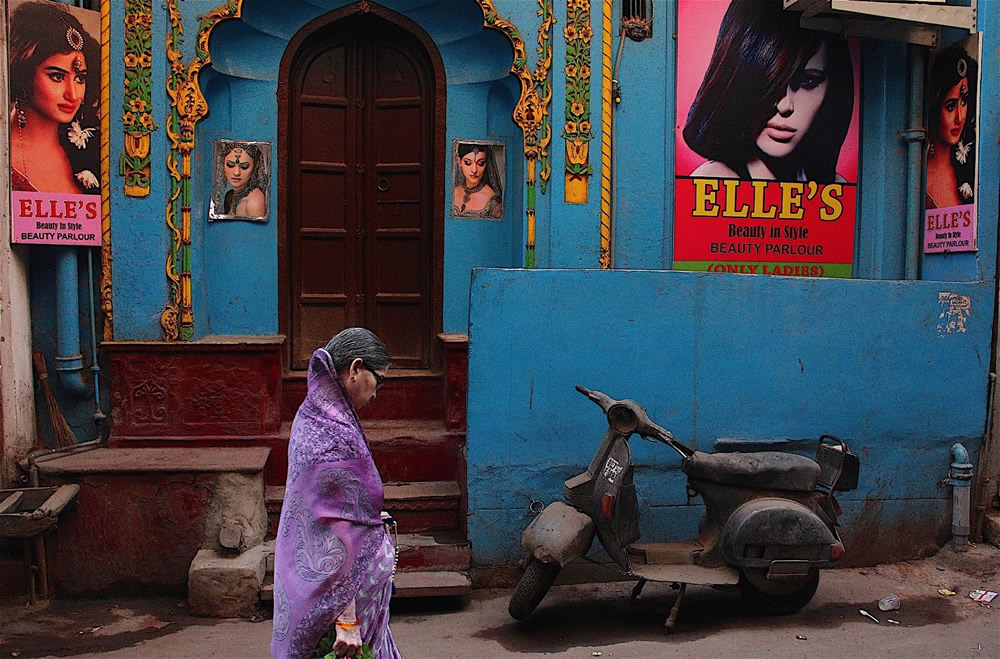 Old Delhi: Life In A Chaotic Heritage - Photo Series By Aniruddha Guha Sarkar