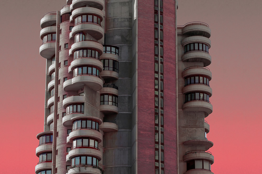 Stunning Alien Architecture Captured By Spanish Photographer Al Mefer