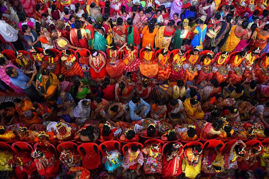 Kumari Puja: Worship Of Unmarried Teenage Girl As Goddess - Photo Series By Avishek Das