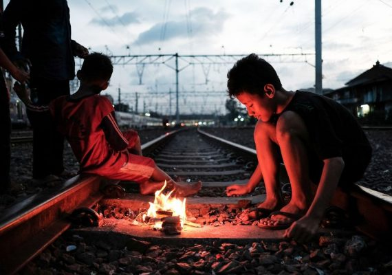 Life By The Railway: Jakarta's Heartbreaking Reality Of Slums By Vytautas Jankulskas
