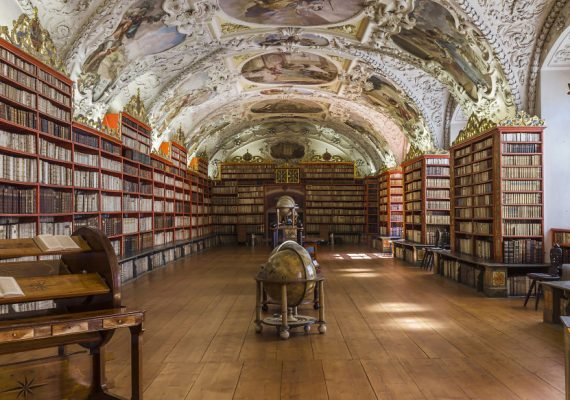 Travel Photographer Richard Silver Captured Beautiful Libraries From Around The World
