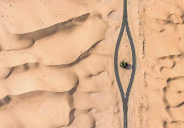 Australian Photographer Irenaeus Herok Stunningly Captured The Desert Of Dubai And Abu Dhabi With Drone