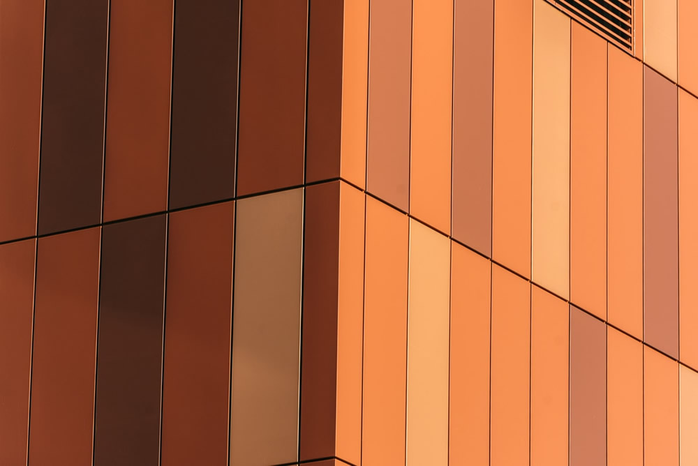Canadian Photographer Naska Demini Beautifully Captured Graphic and Coloured Structures in Montreal