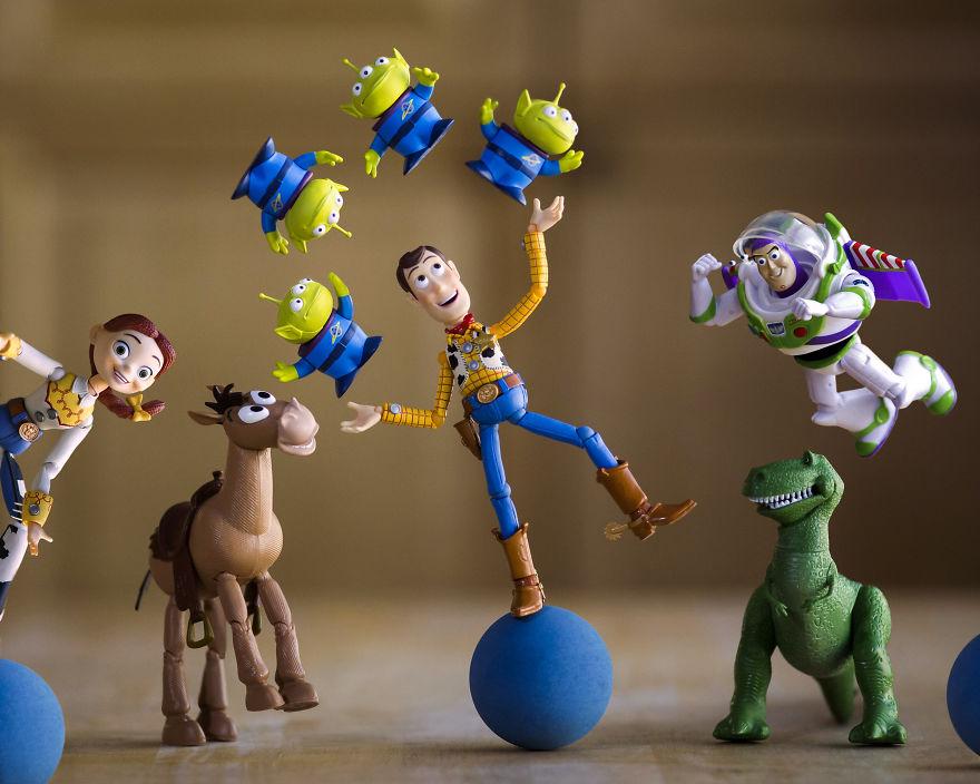 #10 Alien Juggle!