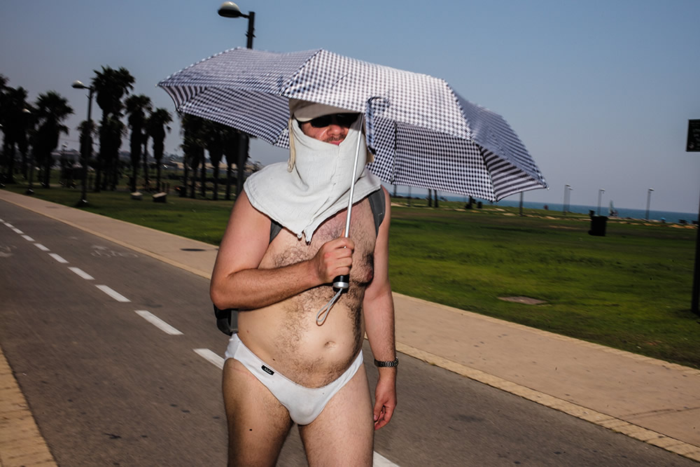 An Interview With Israeli Street Photographer Ronen Berka