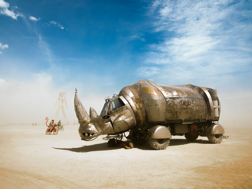 Photographer Philip Volkers Beautifully Captured The Decade Of Photographs From Burning Man