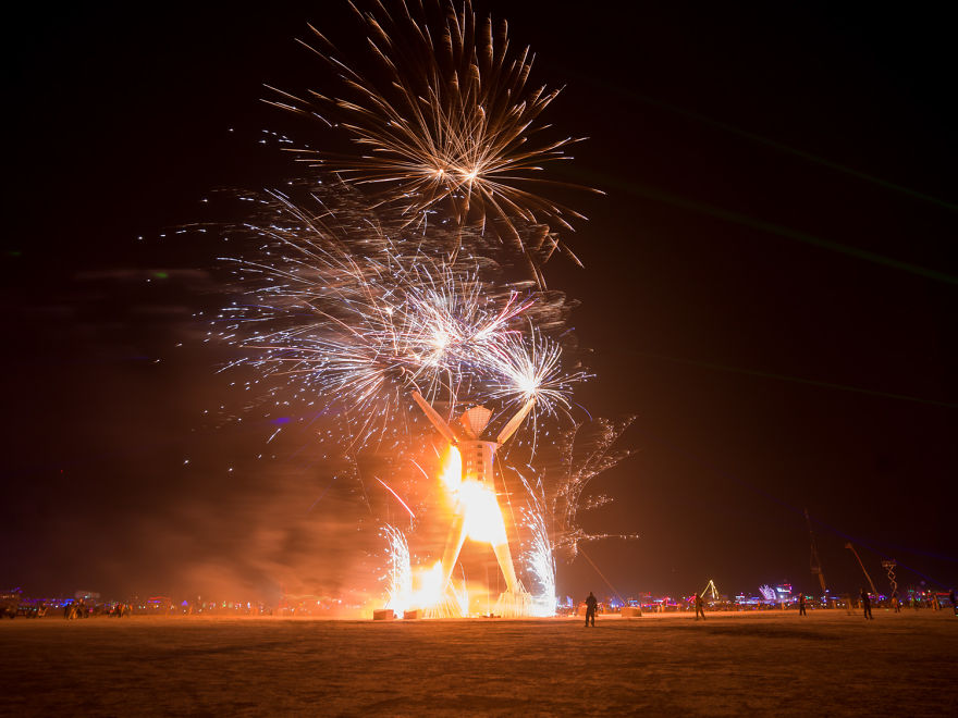 Photographer Philip Volkers Beautifully Captured Decade Of Photographs From Burning Man