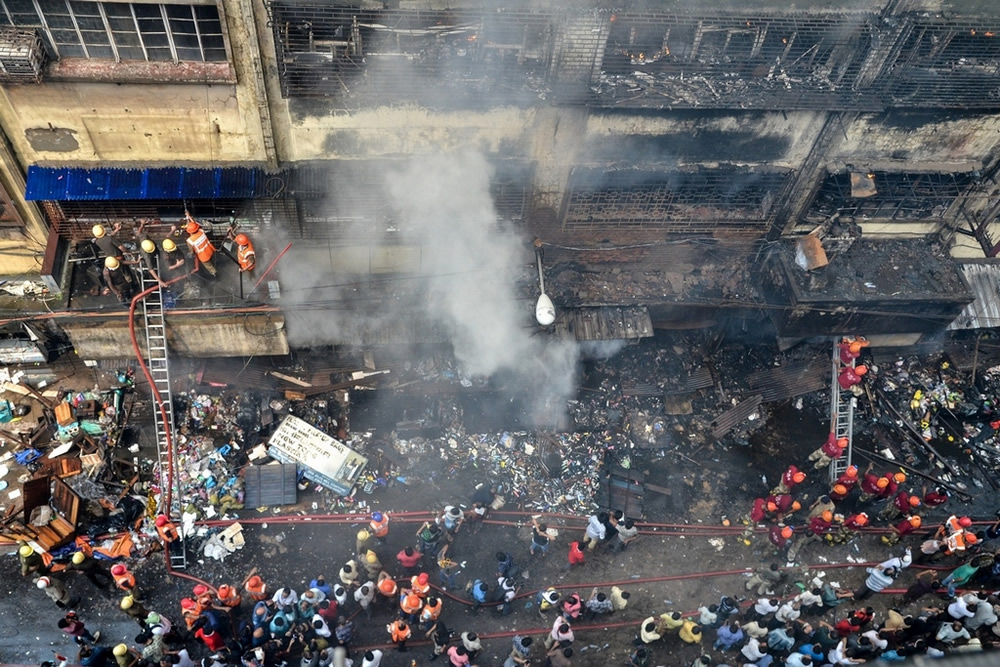 Inferno: Kolkata Bagree Market Fire - Photo Series By Debarshi Mukherjee
