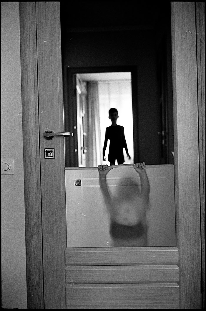 2 Rooms: Documenting My Own Family By Taras Bychko