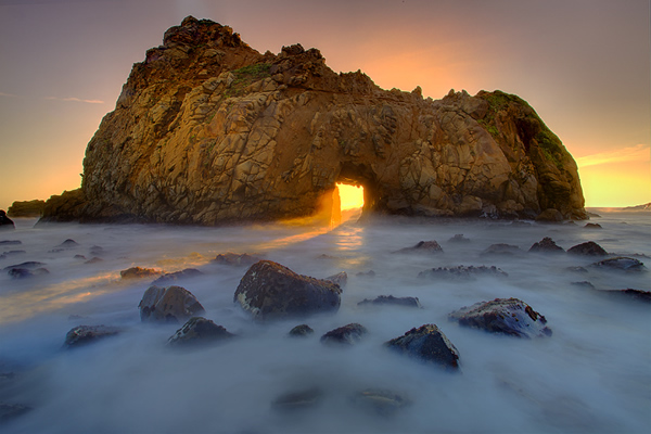 Pfeiffer Beach Big Sur .. Hole In The Wall