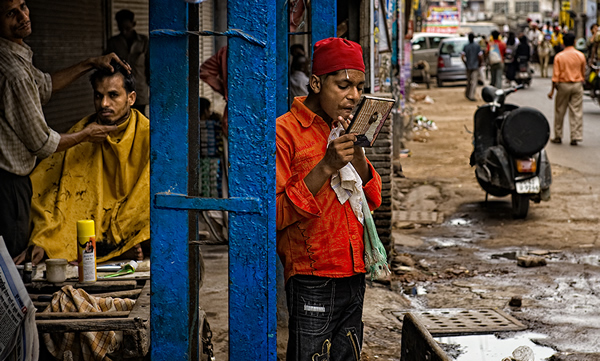 Interview With Indian Street Photographer Prateek Dubey