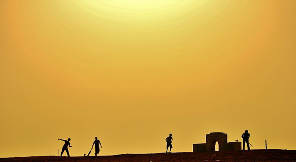 Best Entries of The Mood Of Silhouette Photo Contest