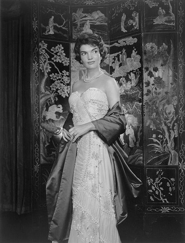 Jacqueline Kennedy - Portraits by Yousuf Karsh