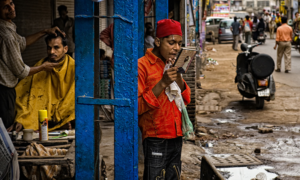Mirror - Indian Color Street Photography