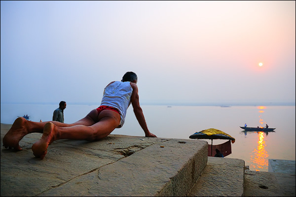 Body Building - Indian Color Street Photography
