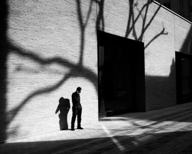 Magic with geometrical patterns in Street Photography by Rupert Vandervell