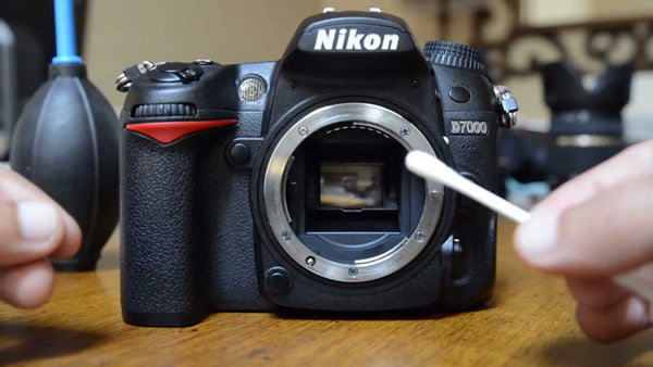 How to Clean Your DSLR Sensor and Mirror - A Video Tutorial