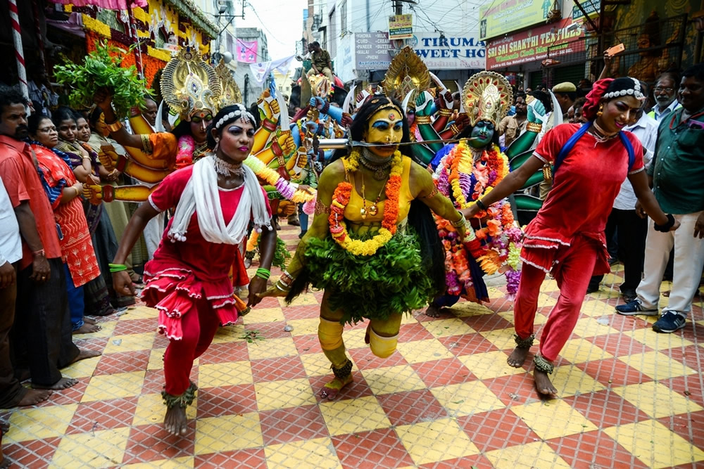 Bonalu: Hindu Festival Of Telangana - Photo Series By Indian Photographer Debarshi Mukherjee