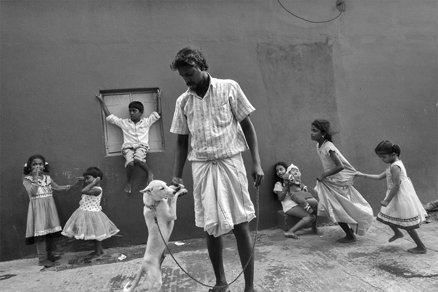 Sasikumar Ramachandran From India Inspires Us With A Great Passion For Street Photography