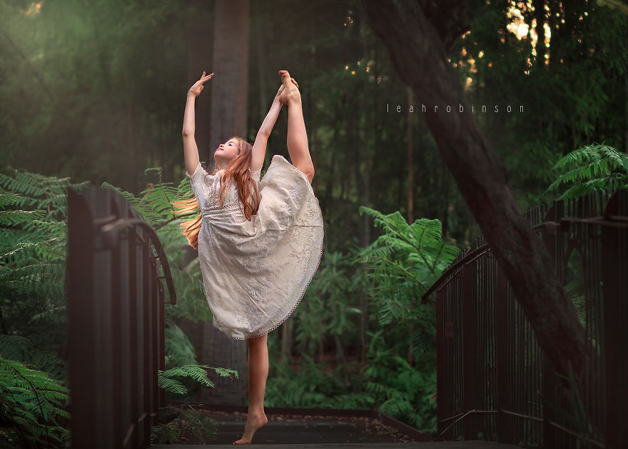 Incredible Photographs Of Young Dancers In Nature By Australian Photographer Leah Robinson