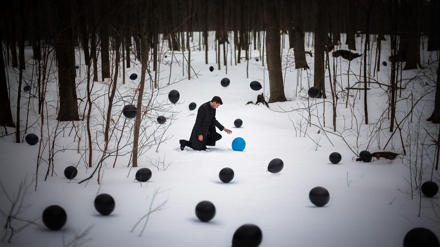 First Contact: Surreal Balloon Photography By Clement Guegan